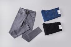 实物图灰蓝黑色女士铅笔裤摄影图