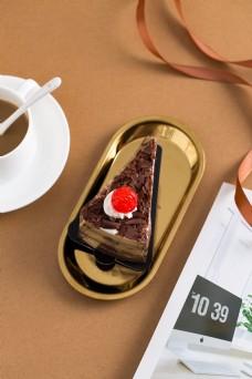 摄影图西式甜点巧克力蛋糕1