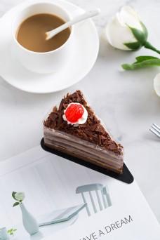 摄影图西式甜点巧克力蛋糕3