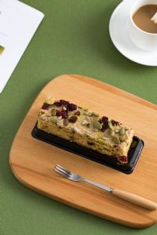 摄影图西式甜点蔓越莓蛋糕1