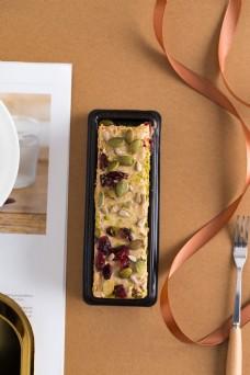 摄影图西式甜点蔓越莓蛋糕2