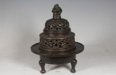 缠枝莲纹铜熏炉