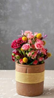 鲜艳的插花