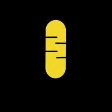 黄色话筒简约网页设计