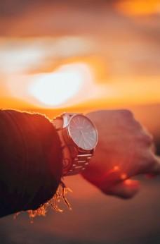 看手表 看时间