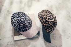 韩版时尚毛球鸭舌帽16