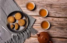 月饼和茶水