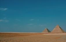 金字塔天空