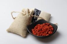 一袋子红枸杞草药包