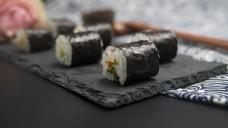 日式料理系列之牛油果沙拉寿司卷4