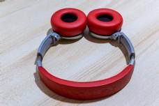 红色炫酷耳机头戴式可抠图高清