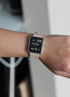 苹果手表watcht配带场景样机