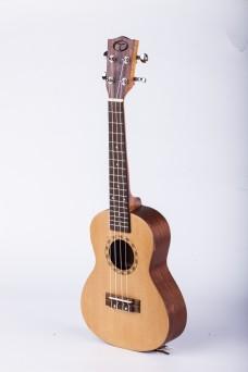 吉他侧面特写摄影