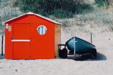 沙滩红房子