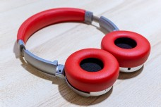 红色时尚头戴耳机可抠图高清